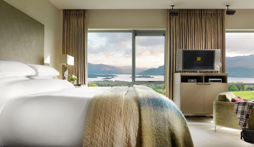 https://i.travelapi.com/hotels/2000000/1730000/1725300/1725289/ddc39097_z.jpg