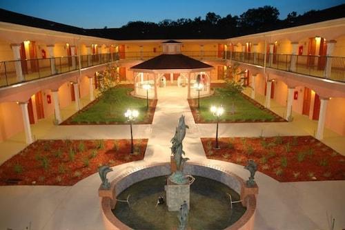 . Best Western Wakulla Inn & Suites