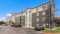 WoodSpring Suites Austin Round Rock