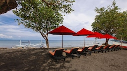 Bali Taman Beach Resort & Spa - Lovina
