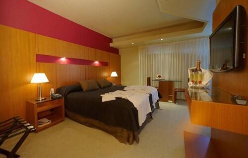 . Hotel Spa Republica
