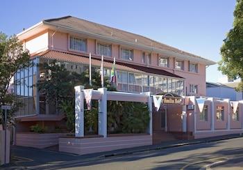 레이디 해밀턴 호텔