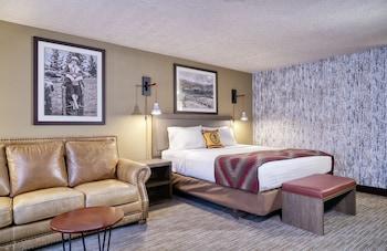 Hotel - Yellowstone Park Hotel