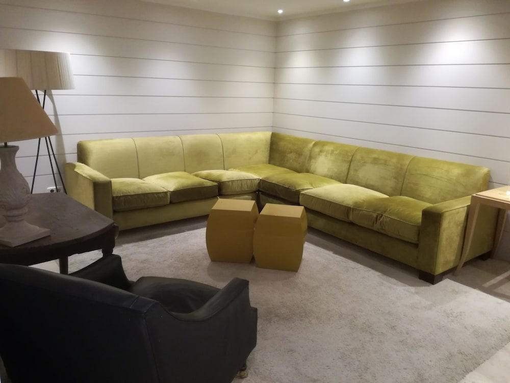 Hotel Cuéntame La Puebla