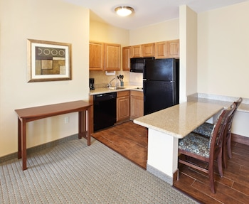 Superior Suite, Kitchen