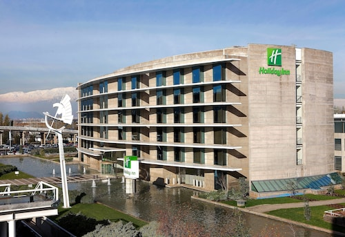 . Holiday Inn Santiago - Airport Terminal