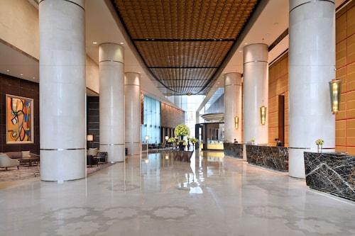 . InterContinental Dubai Festival City, an IHG Hotel
