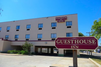 Hotel - Guest House Inn & Extended Stay