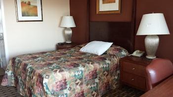Hotel - Executive Inn & Suites