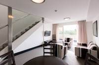 St Ives Motel Apartments