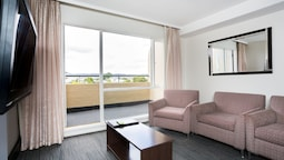 St Ives Apartments