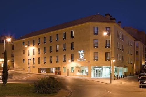 . F&G Logroño Hotel