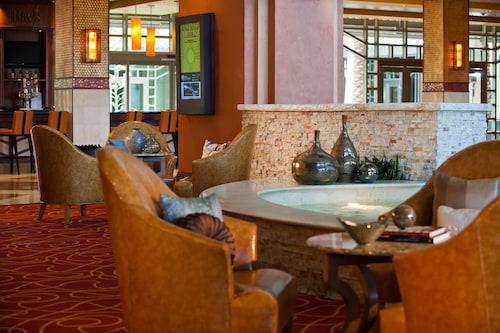 . Renaissance Phoenix Glendale Hotel & Spa