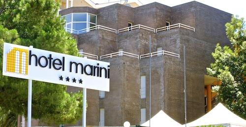 . Hotel Marini