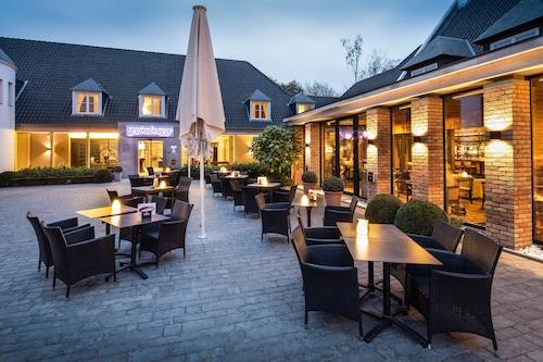. Hotel Weinebrugge