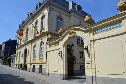 . Hotel La Villa des Fleurs