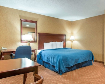 Meriden Vacations - Quality Inn & Suites - Property Image 1