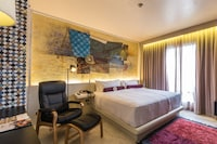 Grand Club Room, Business Lounge Access, City View