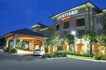 Courtyard by Marriott Charleston Mount Pleasant photo