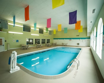 Northfield Inn, Suites & Conference Center - Pool  - #0