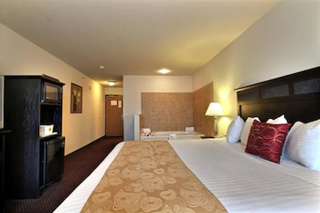 Suite, 1 King Bed, Accessible, Jetted Tub