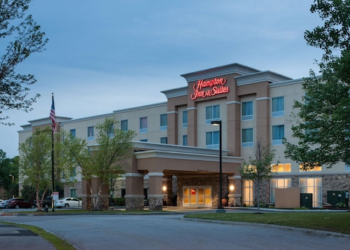. Hampton Inn & Suites Westford-Chelmsford