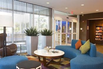 Lobby at Fairfield Inn & Suites by Marriott Chesapeake Suffolk in Chesapeake