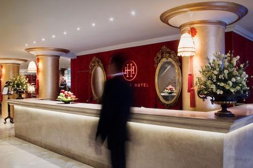 . Huentala Hotel