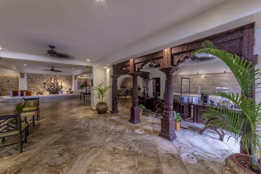 https://i.travelapi.com/hotels/2000000/1760000/1753000/1752985/a16cdabb_z.jpg