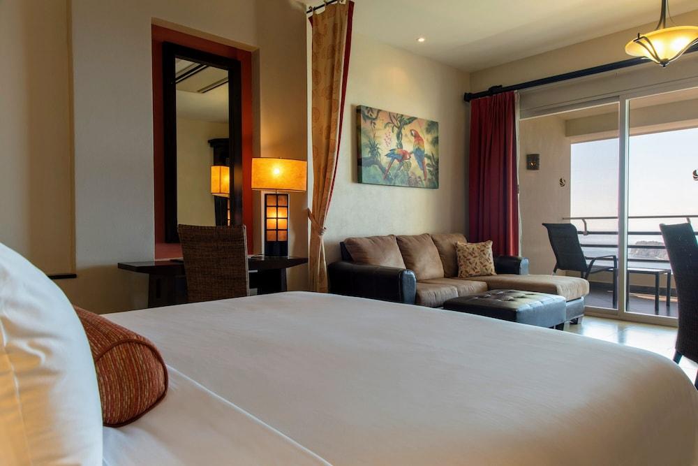 https://i.travelapi.com/hotels/2000000/1760000/1753000/1752985/dd9f431e_z.jpg