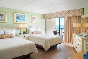 Guestroom at The Oceanfront Litchfield Inn in Pawleys Island