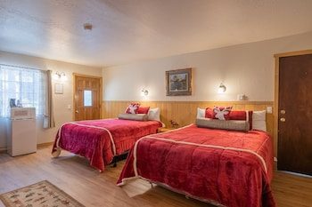 Double Room, 2 Queen Beds, Fireplace (Wood Burning)