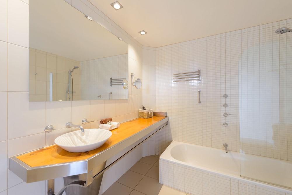 우드브리지 온 더 더웬트(Woodbridge on the Derwent) Hotel Image 33 - Bathroom