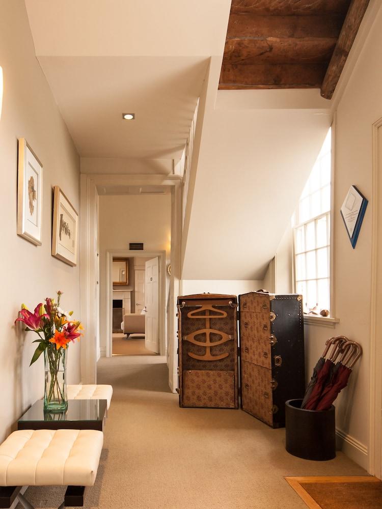 우드브리지 온 더 더웬트(Woodbridge on the Derwent) Hotel Image 41 - Interior Entrance