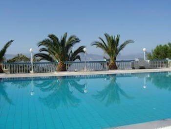 https://i.travelapi.com/hotels/2000000/1760000/1754000/1753916/876edc4b_b.jpg
