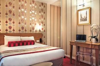 Hotel - Hotel Romance Malesherbes by Patrick Hayat