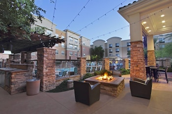 鳳凰城格蘭岱爾運動與娛樂區旅居飯店 Residence Inn Phoenix Glendale Sports & Entertainment District