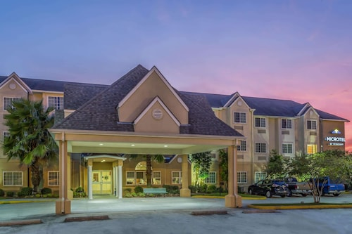 . Microtel Inn & Suites by Wyndham Houma