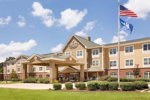 . Country Inn & Suites by Radisson, Pineville, LA