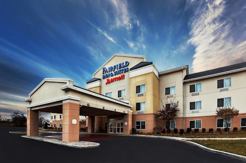 . Fairfield Inn & Suites by Marriott Toledo North