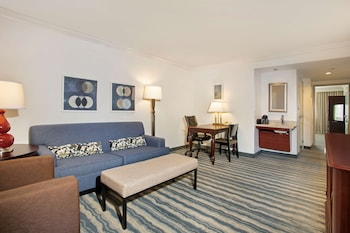 Suite, 2 Double Beds, Accessible, Bathtub (Mobility & Hearing)
