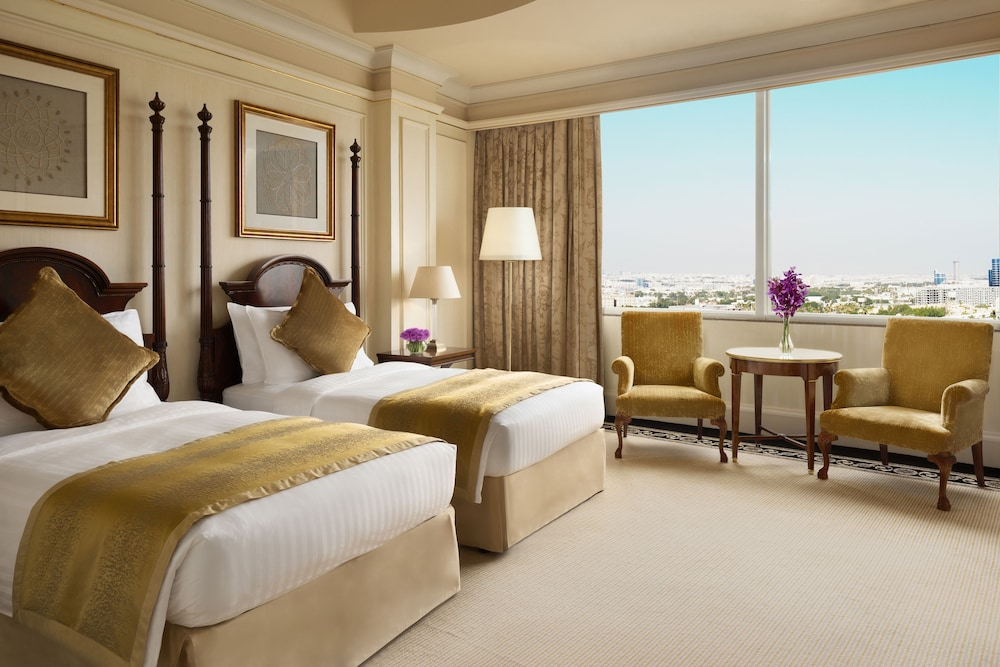 https://i.travelapi.com/hotels/2000000/1770000/1760200/1760175/b75c955c_z.jpg