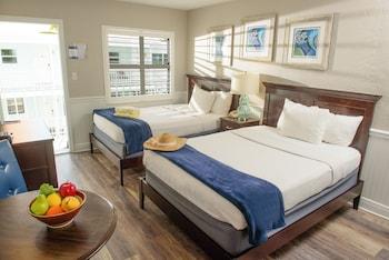 Standard Room, 2 Double Beds, Kitchenette, Poolside