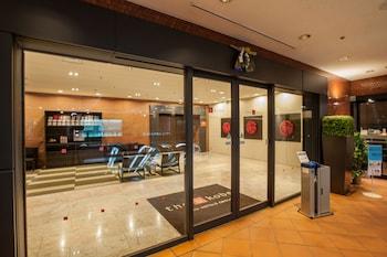 THE B KOBE Interior Entrance