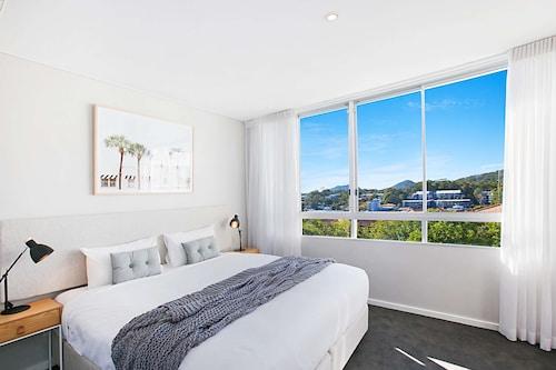 . Oaks Nelson Bay Lure Suites