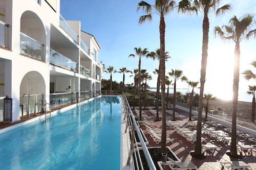 __{offers.Best_flights}__ Iberostar Costa del Sol