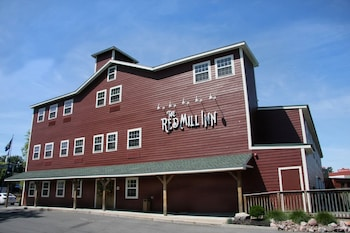 Hotel - The Red Mill Inn
