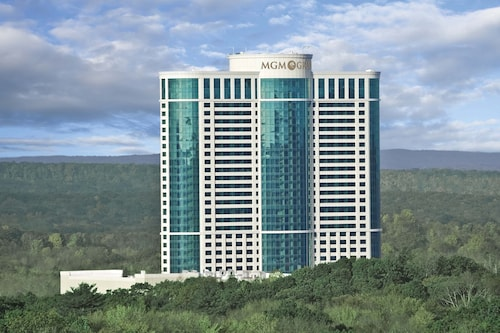 The Fox Tower at Foxwoods, New London