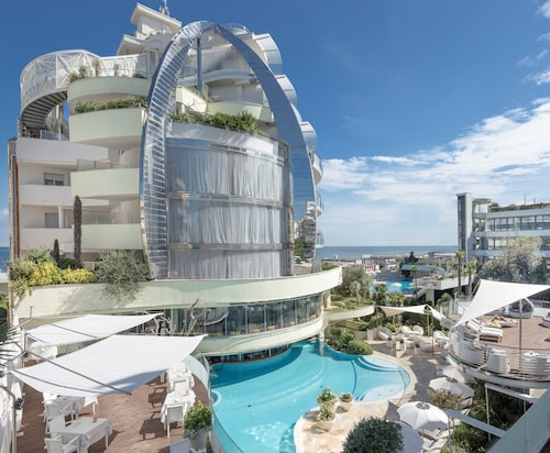. Hotel Waldorf - Premier Resort