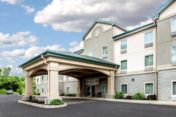 Hotel - Quality Inn & Suites Fishkill South near I-84